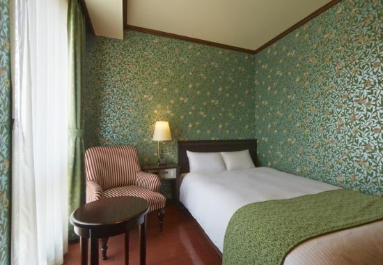 Semi-Double Room